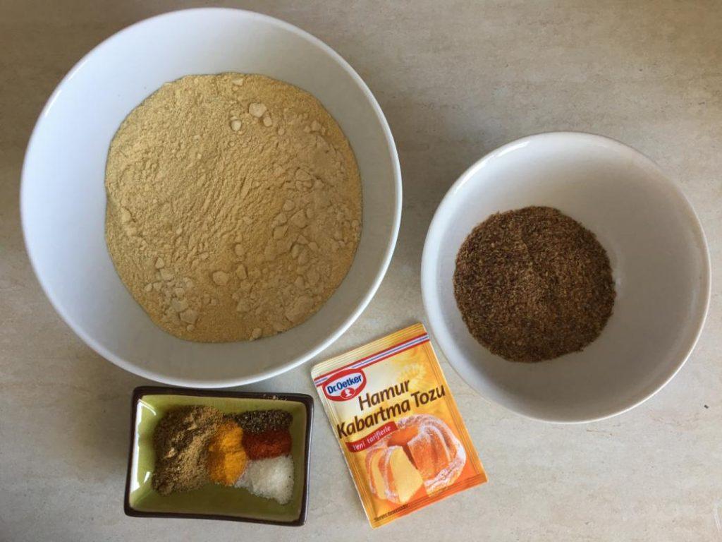 kahvaltılık değişik omlet tarifleri için bu malzemeleri kullanabilirsiniz