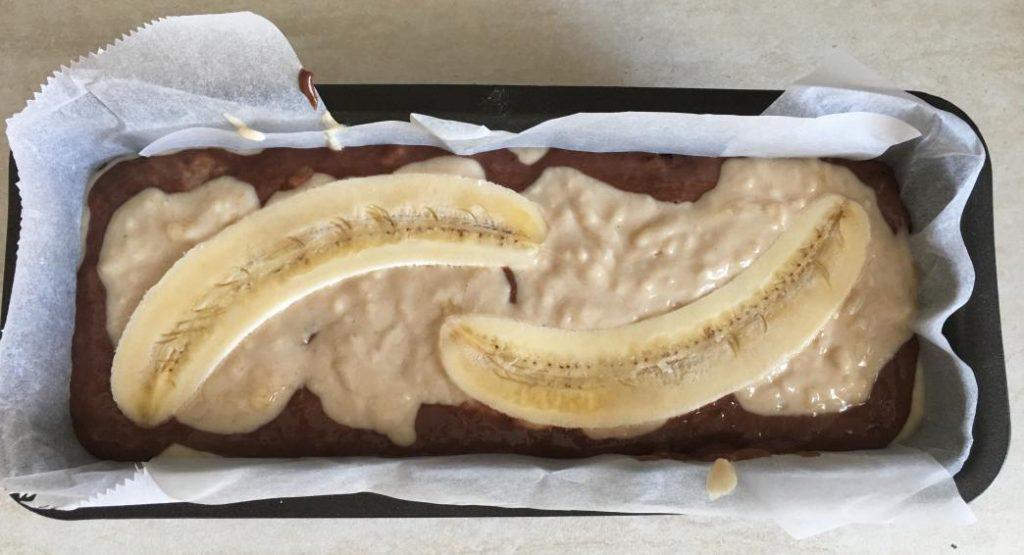 kolay muzlu kek tarifi fırına girmeden önce