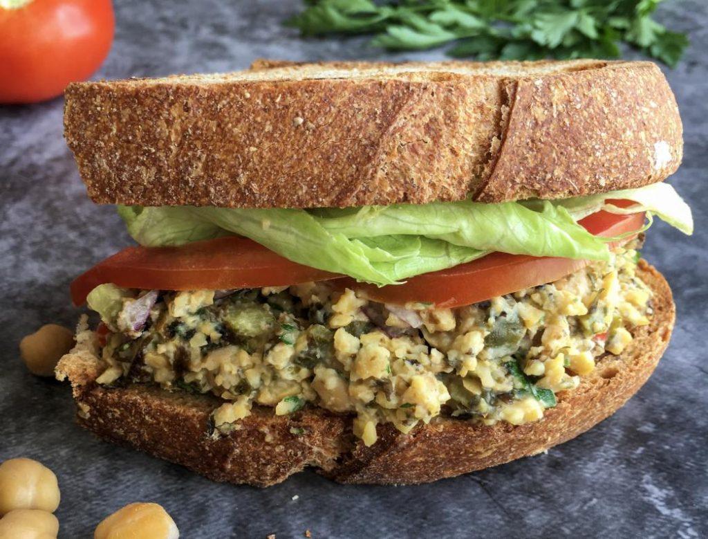 ton balıklı sandviç yerine vegan alternatif