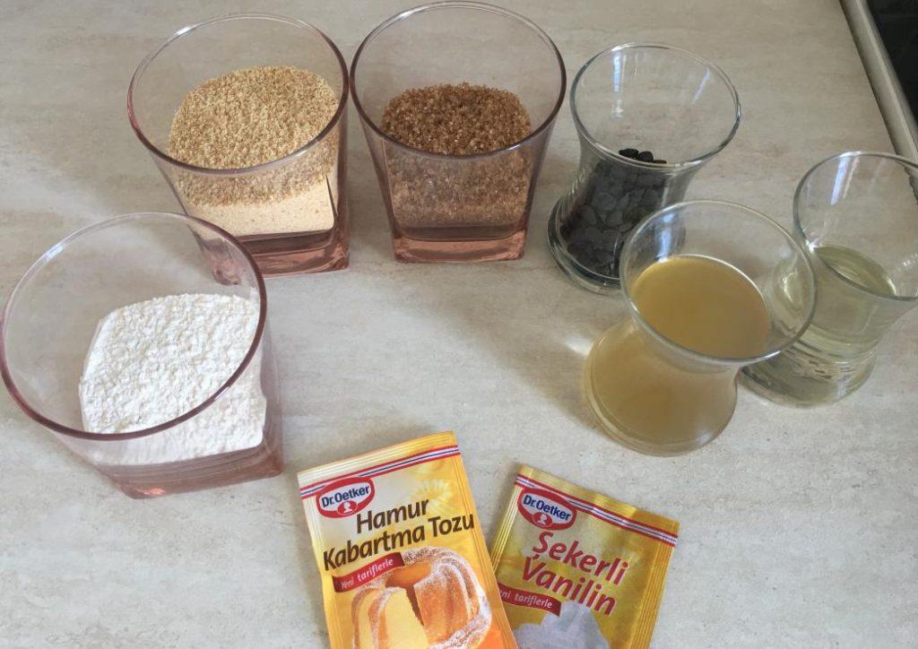 vegan kurabiye için gerekli malzemeler