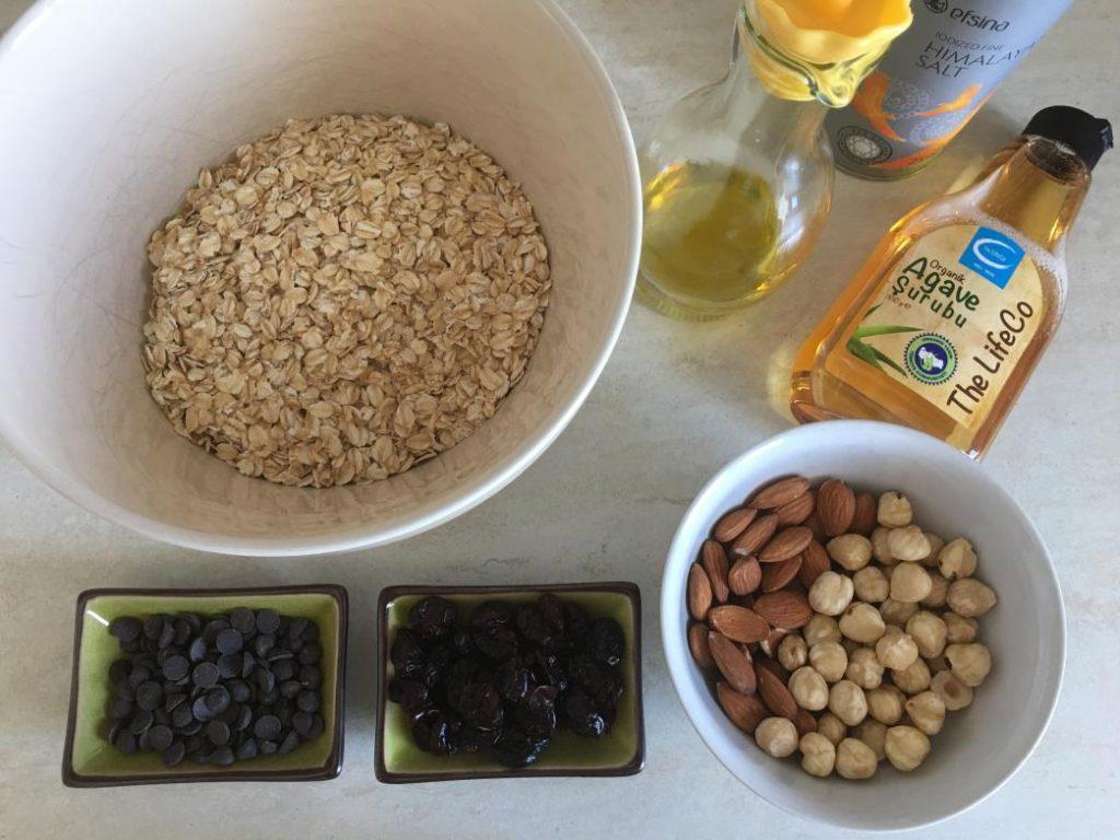 granola yapımı için gerekli granola malzemeleri