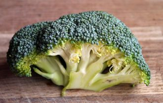 bitkisel kalsiyum içeren sebzelerden brokoli