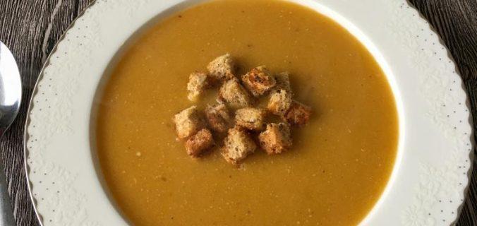 kolay mercimek çorbası