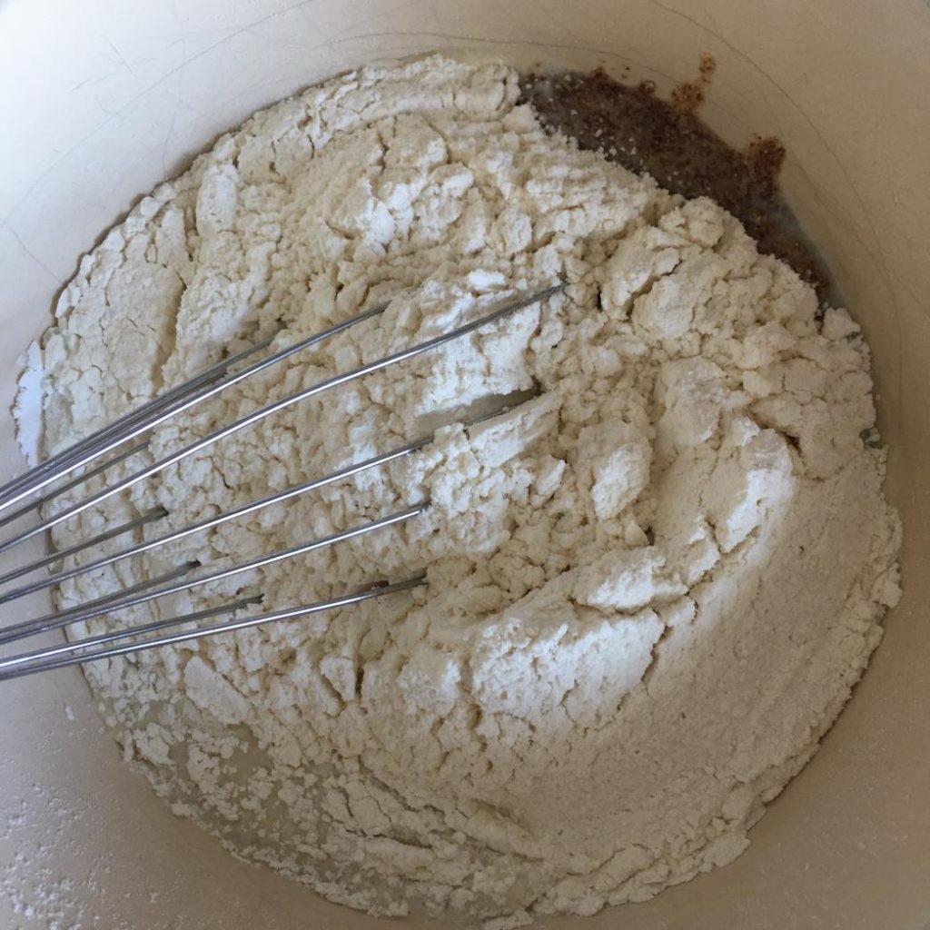 yumurtasız akıtmanın tarifi için malzemeler