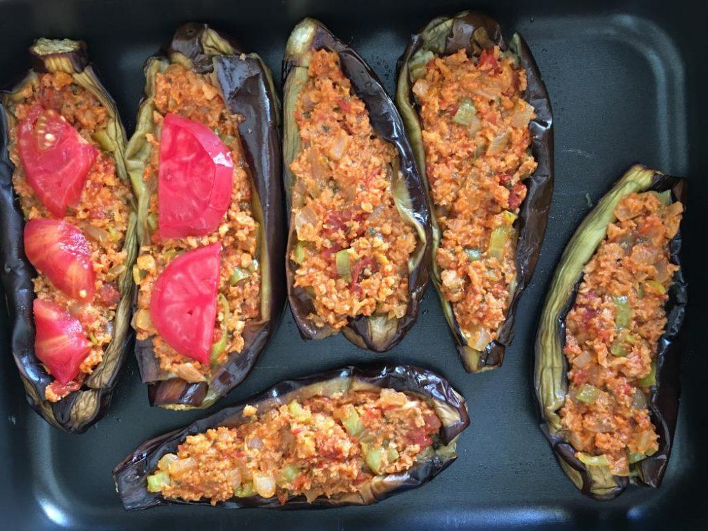 fırına girmeden önce patlıcanlar